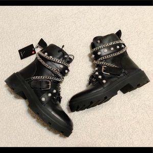 Zara Flat Leather Biker Ankle Boots.